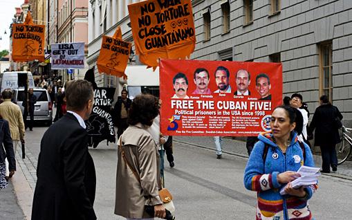 Castro i spetsen for usa protester