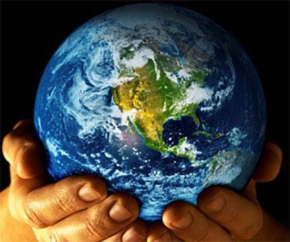 planeta-tierra-manos-hombre_422