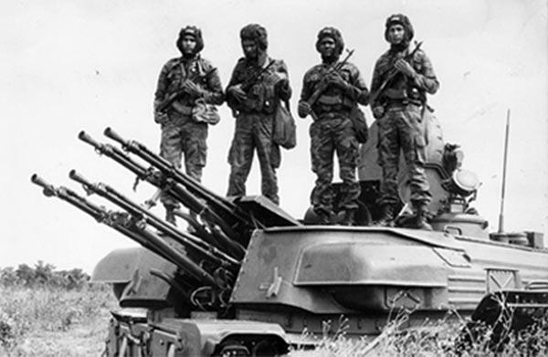 stridsvagn_Angola