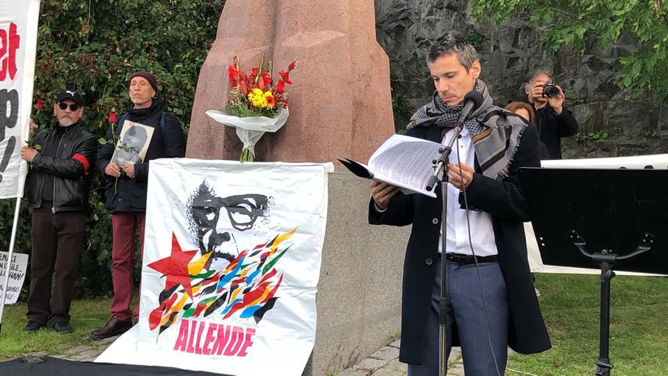 Pablo-Allende-LaMano