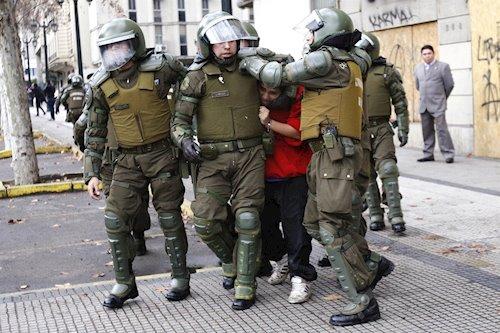 Chile_våld_okt19