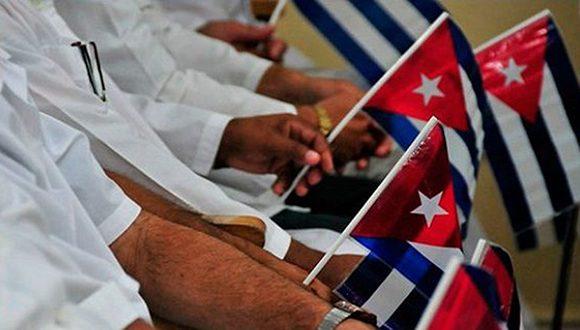 medicos-cubanos-580×330