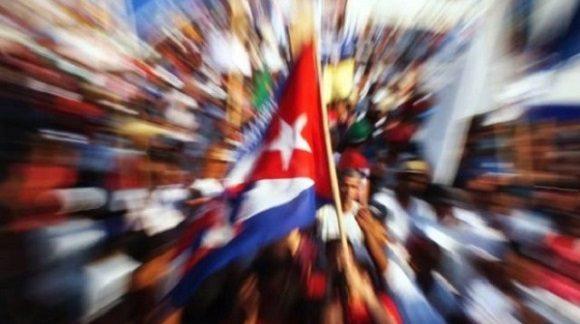 bandera-cubana-foto-abel-rojas-barallobre-580×324