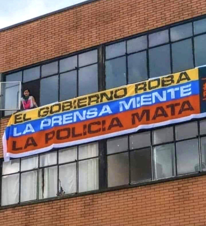 Colombia_regering_press_polis