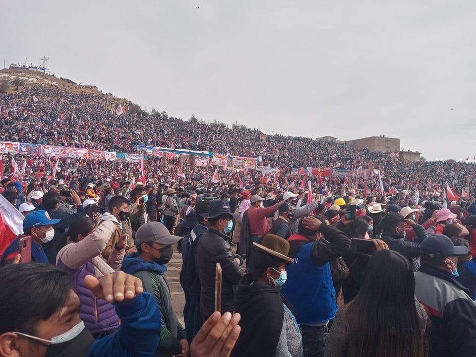 Peru_PuñoTiticacaCastillo